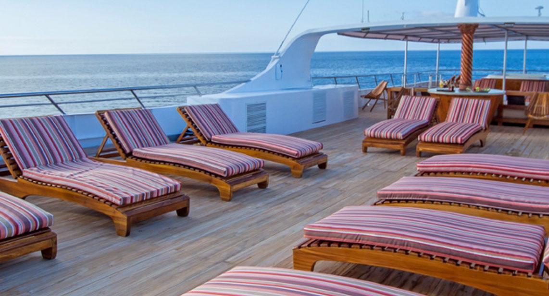Galapagos Odyssey Galapagos Cruise Itineraries Prices Reviews