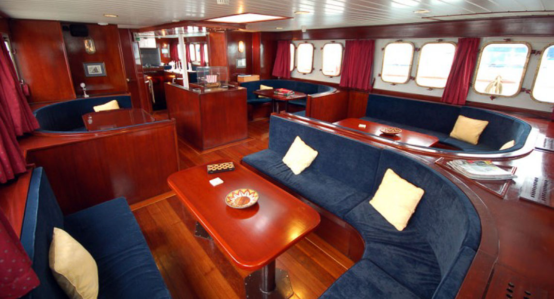 Mary Anne Galapagos Cruise Itineraries Prices Amp Reviews
